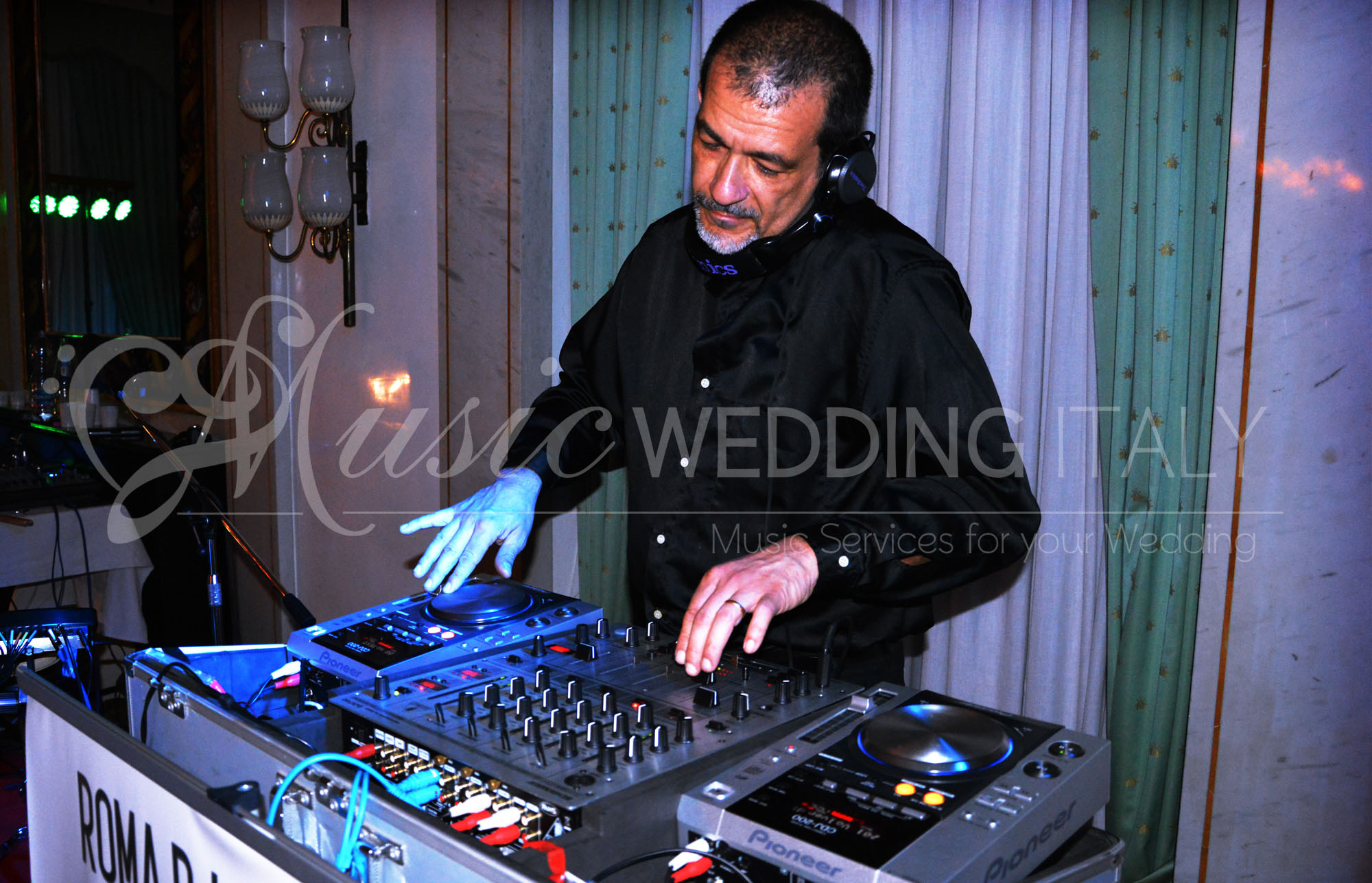 Wedding Dj party italy, Rome DJ set, music wedding italy