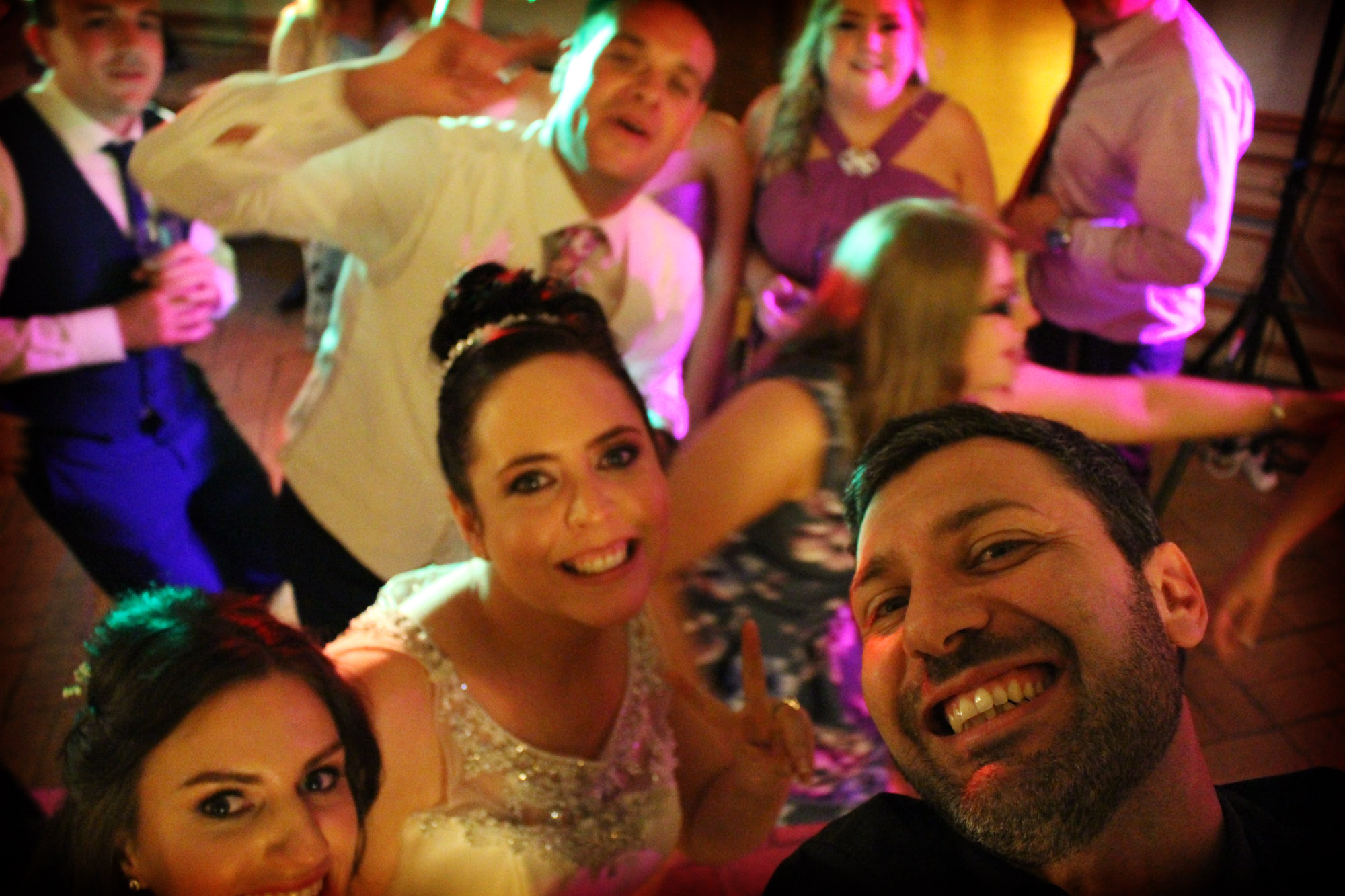Italian dj for Wedding parties