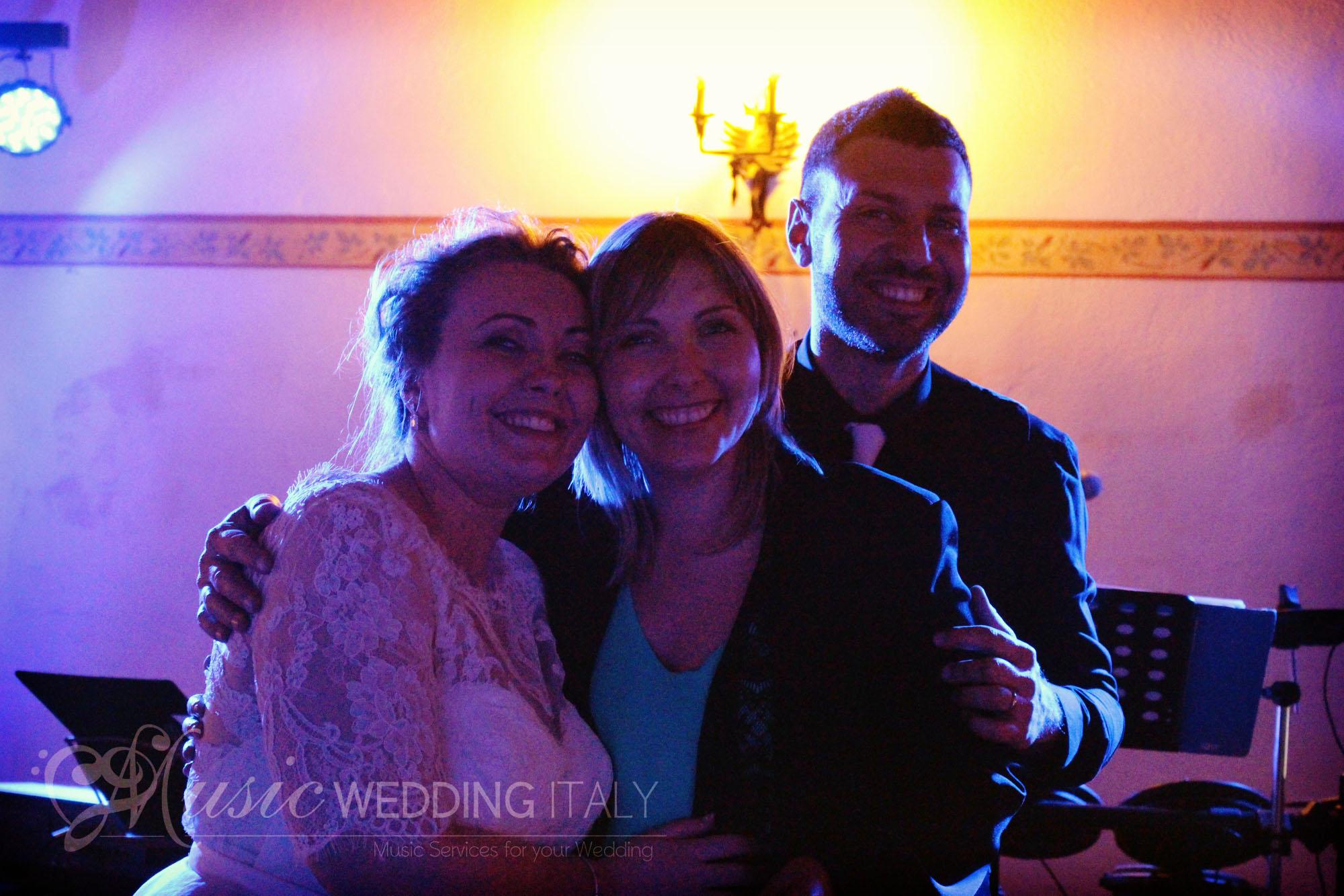 Casie Zalud Photographer Weddings Family Affair